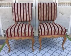 2 db Neo barokk szék, kecses, faragott lábakkal