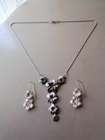 Ezüst nyaklánc, nyakék és fülbevaló virág díszítéssel 925