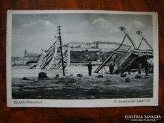 Újvidék-Pétervárad A felrobbantott közúti híd képeslap