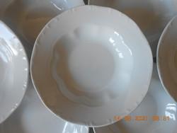 Zsolnay barokk, fehér mély tányér
