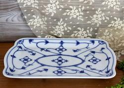 Hagyma mintás, négyszögletes porcelán tálka