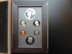 USA forgalmi sor 1983 PP ezüst dollárral