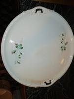 Eladásra kínálok antik porcelán kínáló jelzett hibátlan állapotban van