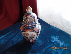 1870 EDO IMARI, fedeles, hexagonális,kézzel festett kobalt arany, vaspiros váza