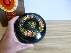 Retro,vintage gyönyörűen festett orosz fém díszdoboz,rózsás