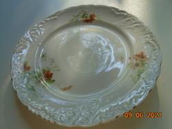 Antik szecessziós csipkézett,gazdag dombormintás,virágmintás Elbogen lapos tányér 24 cm