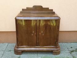 Art deco tálaló komód a 30as évekből antik retro vintage bútor diófa zsanérral barna lakkozott