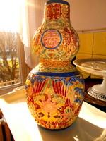Kínai áttört falú  kézzel festett  nagyobb méretű kerámia váza 26,5 cm