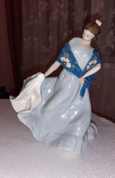 Royal dux táncoló hölgy