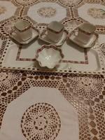Régi szögletes csészék gyönyörű rózsa mintával + cukortartó+ kináló