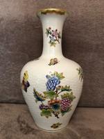 Csodaszép Herendi váza.