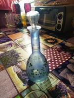 Kézzel festett, vintage üveg butélia dugóval