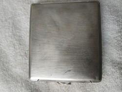 Régi ezüstözött cigaretta tárca