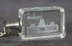 3D Lézer Vágott Lézer Gravírozott Hasáb,Kristály Üveg,a Budapesti Parlament Látképével !Kulcstartó