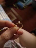 Arany jeggyűrű briliáns csiszolású gyémánttal