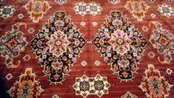 Mokett bársony selyem szőnyeg ,terítő 198*152 cm