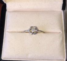 Gyémánt köves fehér arany gyűrű (méret: 51)