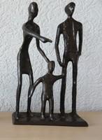 Bodrul Khalique - Boldog család (1978-2013) bronz szobor