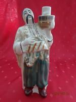 Orosz porcelán figura, kézzel festett pálinkás palack, magassága 25 cm.