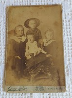 Műtermi kartonfotó Heiter György fényképész Szászrégen-Borszék 1900-as évek eleje