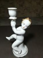 Porcelán fiú serleggel