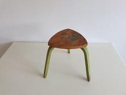 Régi retro mese mintás kis fa gyerekszék ülőke szék