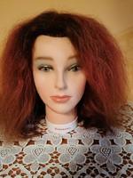 Bergmann német fodrászkellék, babafej valódi, félhosszú hajjal. Minőségi darab!