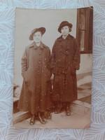 Régi női fotó vintage fénykép hölgyek