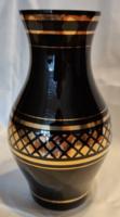 Régi fekete üveg váza arany díszítéssel