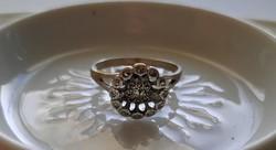 Gyönyörű markazit köves ezüst gyűrű