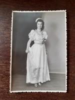 Régi női fotó 1948 vintage fénykép