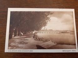 Régi képeslap 1942 Balatonfüred gyógyfürdő Balatonparti sétány levelezőlap