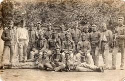 Katonák, csoportkép, utász ügyességi, kitüntetés, fegyver