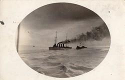 Hadihajó, hadihajók tengeren