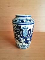 Jelzett korondi kerámia váza 15,5 cm magas (21/d)