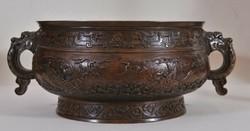 Antik kínai bronz edény a 17.századból