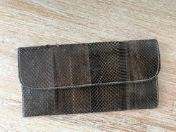 Kígyóbőr pénztárca