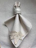 Csipkeszélű textil szalvéta 3 db