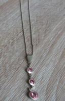 Jelzett Ezüst Lánc Ezüst Több Köves Medálal + Ajándék Ezüst Pici Gyöngy Fülbevaló