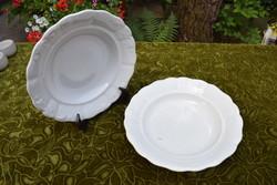 Antik Zsolnay mély tányér pár anyagában mintás mázas fehér porcelán pajzspecsétes 24 x 4,5 cm x 2 db