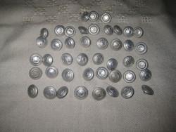 BM  zubbony  gombok   15 mm  ,  44  db    ,megbontva is eladó