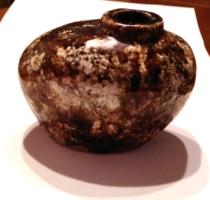 Retro VKB jelzett  különleges iparművész kerámia kavicsváza , váza