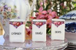 Rózsás,ibolyás  porcelán fűszertartók