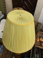 Hatalmas raffolt régi lámpaernyő