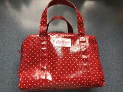Cath Kidston piros, pöttyös doboz táska, nesszeszer