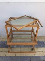 Réges régi zsúrkocsi, tálalóasztal, felső tálcája leemelheto, az alsó kettő pedig kihúzható