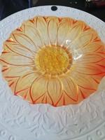 Virág formájú üveg kínáló