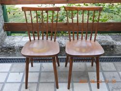 Két darab csehszlovák pálcás szék