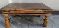 Opium indiai asztal kovácsoltvas pántokkal.Alkudható!