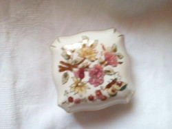 Zsolnay porcelán doboz